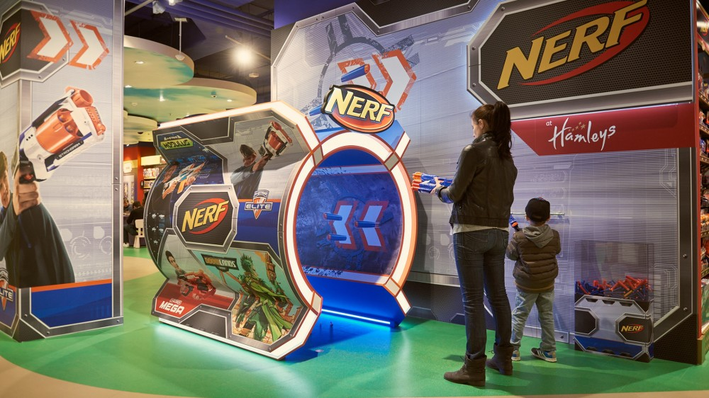 Hasbro Nerf, 1 - shop in shop